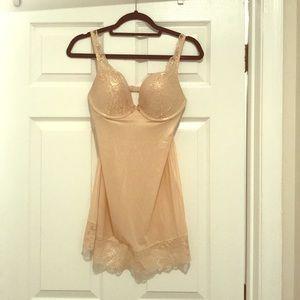 NWOT Victoria's Secret Slip